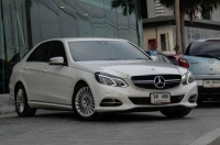 """MERCEDES-BENZ E300 Executive Hybrid Blue Tec 2.1 A/T 2013-17 ราคา 1,550,000 บาท"